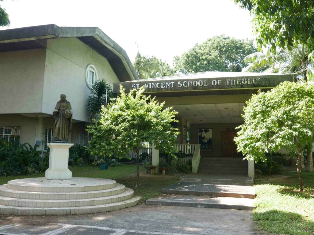 St-Vincent-School-of-Theology-Tandang-Sora-Quezon-City-1024x768