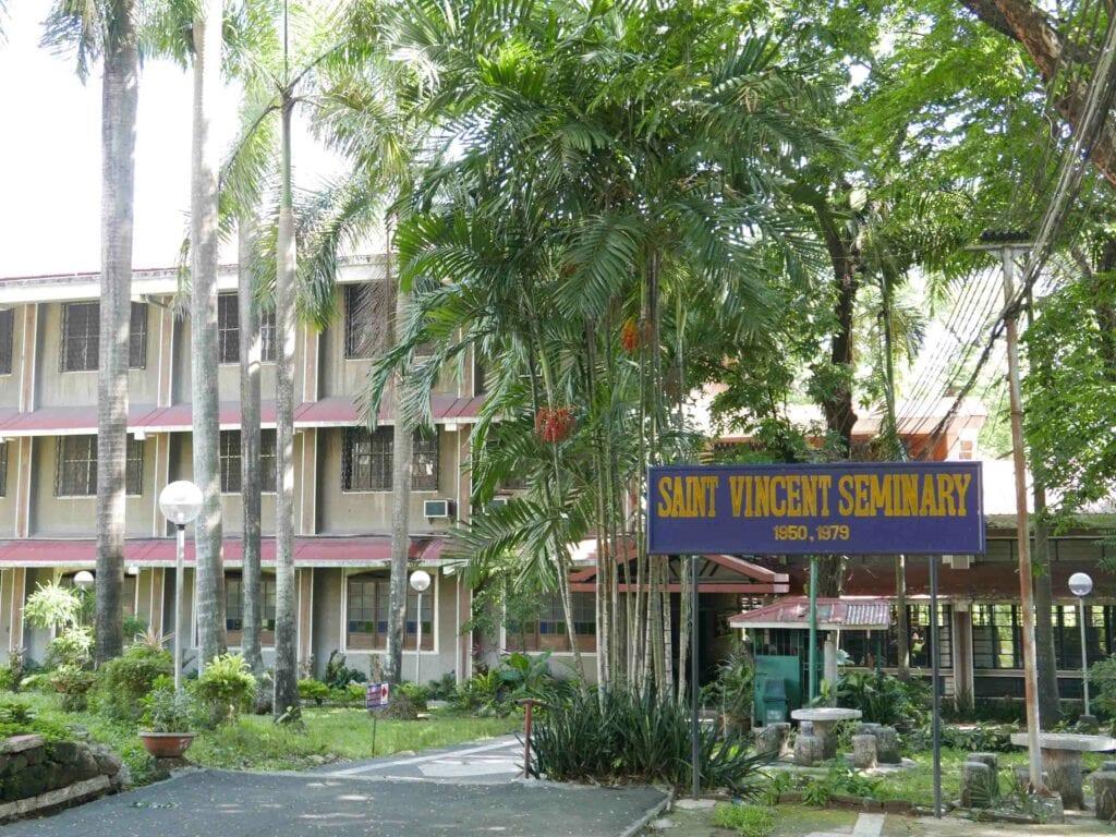 St-Vincent-Seminary-Tandang-SoraQuezon-City-1024x768