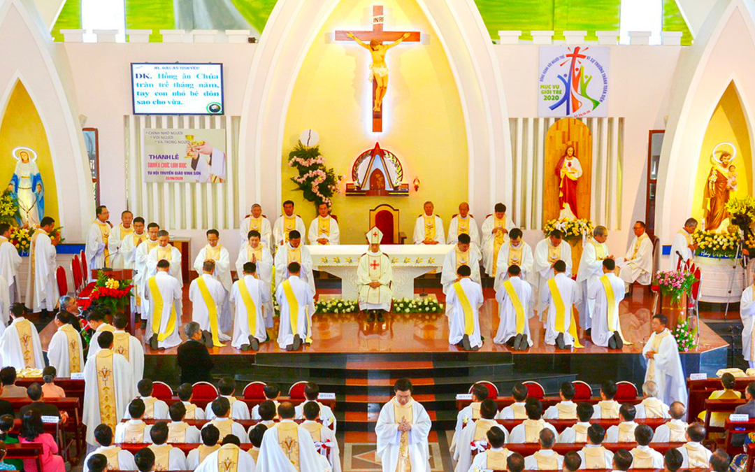 There are eight new priests in the Province of Vietnam