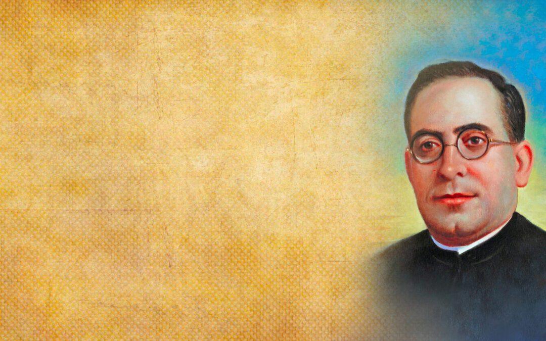 Vicente Queralt Lloret and 20 companions