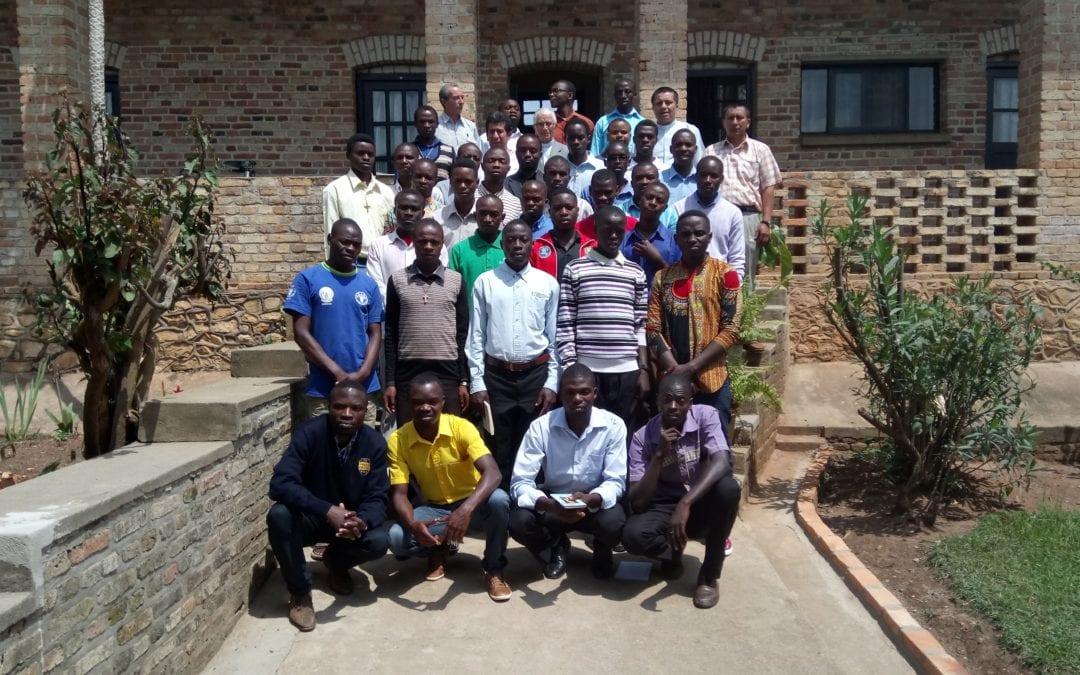 Misión vicentina que va creciendo en Ruanda y Burundi