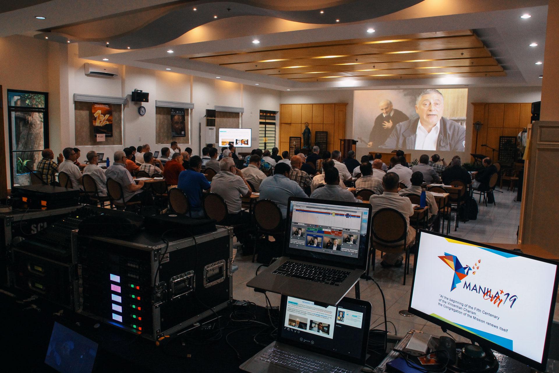 Presentación padre Andrés Motto, CM -Director CIF