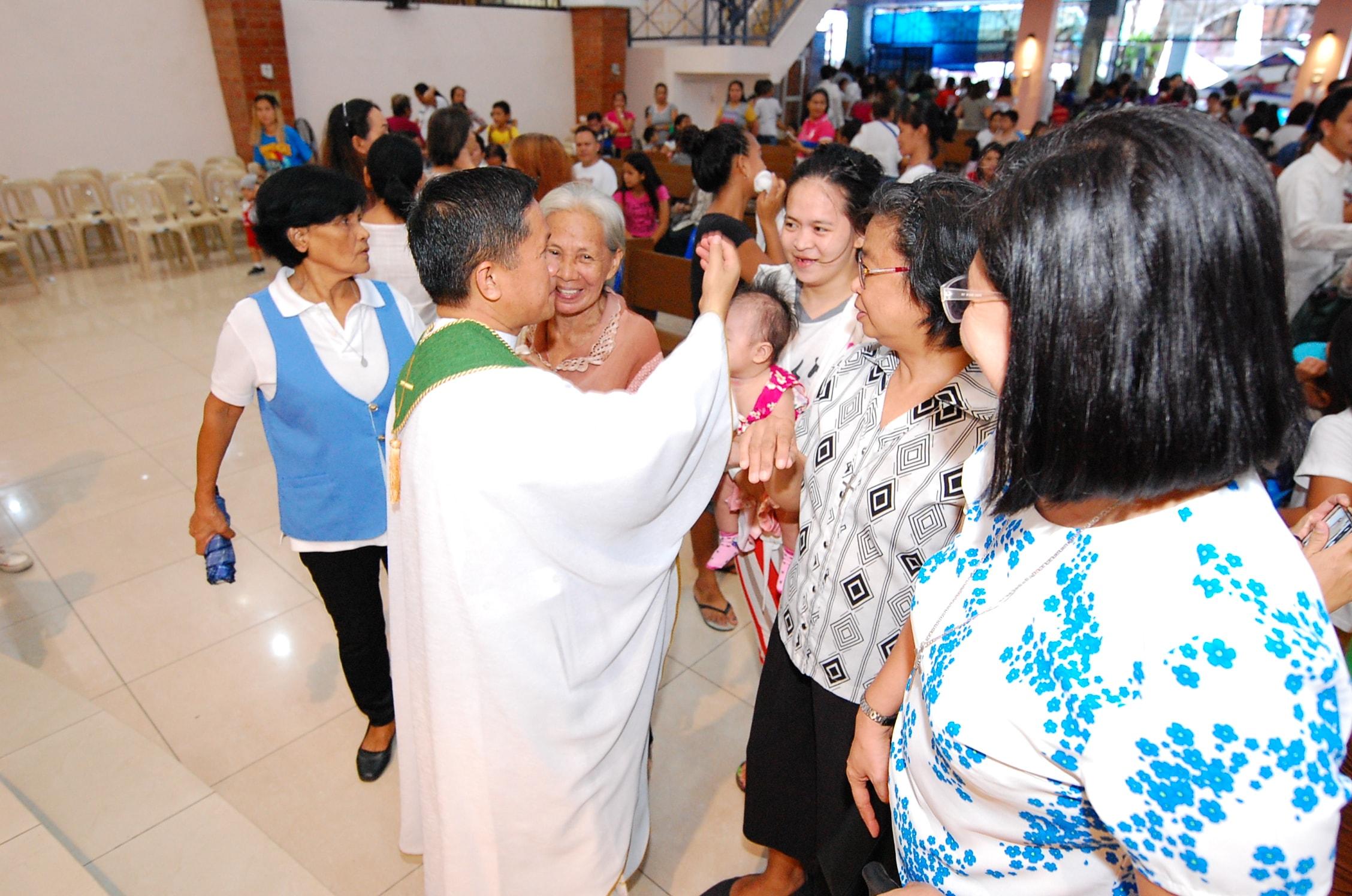 P. Michael Sandaga, CM, Parroco de Ina ng Lupang Pangako (Nuestra Señora de la Tierra Prometida)