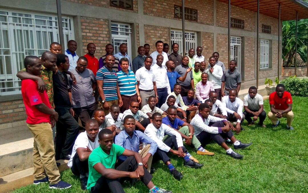 Conozcamos la misión en Ruanda – Burundi dirigida por la Provincia de Colombia