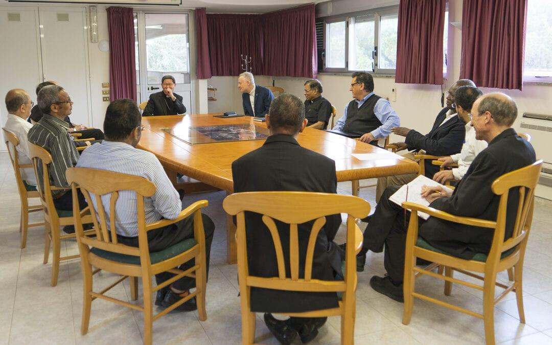 La visite de Mgr. Luis Antonio Tagle, cardinal et préfet de la Congrégation pour l'évangélisation des peuples à la Curie Généralice